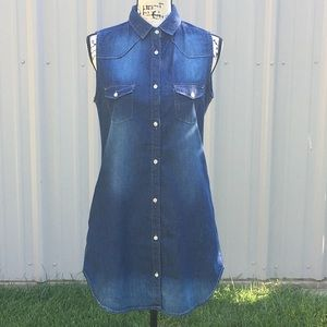 NWOT JW SIGNATURE Distressed Denim Dress/Tunic